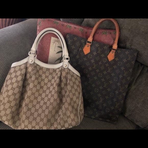 élégant et gracieux nouveaux produits pour Braderie LV sac bag and Gucci both authentic ..